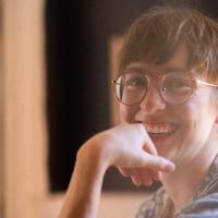 "Emily A. Spragueが""究極のMoogシンセサイザー""とも言われるMoog Oneを使用して制作した新曲「Chasing Light」を披露するビデオが公開"