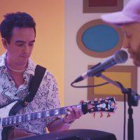 ロンドンのシティ・ポップ・バンドPrepが「Danny Came Up」のアコースティック・ヴァージョンのライヴ映像を公開